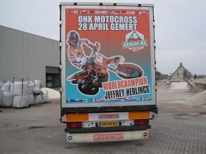 Achterkant vrachtwagen